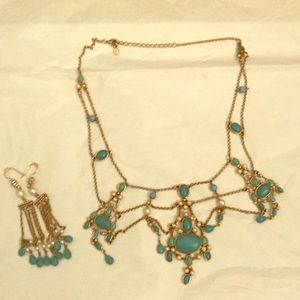 Monet costume turquoise and pearl set